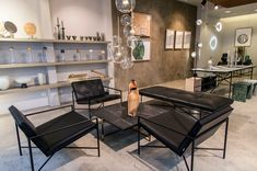 Lounge Chair, Coffee Table, Daybed and Dining Table at Gallery BenSimon in Paris. Danish Furniture, Furniture Design, Modular Sofa, Daybed, Corner Desk, Dining Table, Cabinet, Chair, Design Art