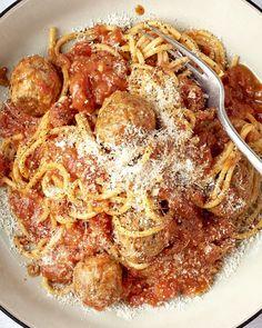 I Love Food, Good Food, Yummy Food, Healthy Pasta Recipes, Cooking Recipes, Bon Ap, Bistro Food, Weird Food, Mediterranean Recipes
