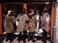 isabelcostasixties: Mods In Front Of Lord John Boutique in Carnaby Street London In Photo by Jean-Philippe Charbonnier parka mods Mod Fashion, Urban Fashion, Vintage Fashion, Club Fashion, 1960s Fashion, Fashion Wear, Vintage Clothing, Vespa, Lord John