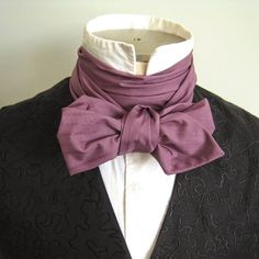 are many ways a Victorian gentleman may choose to tie his neckwear. Here is one of the simpler knots, illustrated that you may practice at home. We have made a special cravat for demonstration Moda Steampunk, Costume Steampunk, Victorian Costume, Steampunk Fashion, Victorian Gentleman, Victorian Men, Victorian Steampunk, Victorian Collar, Historical Costume