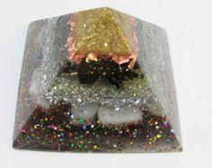Orgonite Piramide catalisador energetico