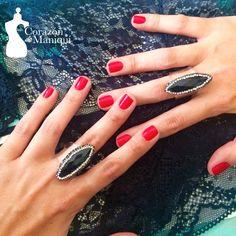Black!!! Naturaleza Suspendida #newcollection @corazondmaniqui #turmalinanegra Elimina las malas energías.