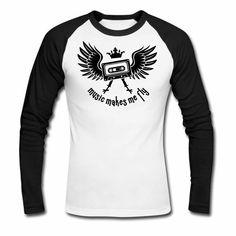Tonony.com | ✫ ELECTRO ✫ T-Shirt ✫     - Männer Baseballshirt langarm  -  Aber auch andere coole Prints für Damen, Herren, Kinder und Babys auf zahlreichen verschiedenen Produkten.     ✫ ELECTRO ✫ T-Shirt ✫ ✫ music makes me fly ✫ (eine Krone aufgesetzt auf einer Musikkassetten mit Flügeln) Das T-Shirt ist für alle, die das Gefühl kennen, dass Musik beflügelt.
