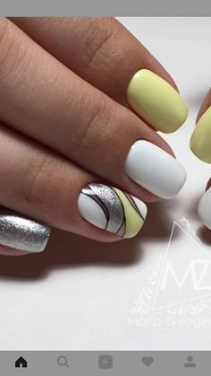 "If you're unfamiliar with nail trends and you hear the words ""coffin nails,"" what comes to mind? It's not nails with coffins drawn on them. It's long nails with a square tip, and the look has. Short Nail Designs, Colorful Nail Designs, Best Nail Designs, Fabulous Nails, Perfect Nails, Yellow Nails, Square Nails, Stylish Nails, Easy Nail Art"