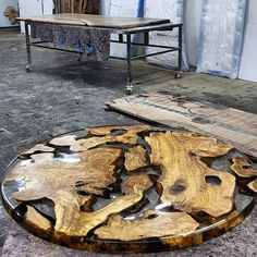 Awesome Resin Wood Tables Ideas For Your Home Furniture 29 Resin And Wood Diy, Wood Resin Table, Wood Tables, Coffee Table Legs, Rustic Coffee Tables, Rustic Table, Wood Table Design, Resin Furniture, Etsy Furniture