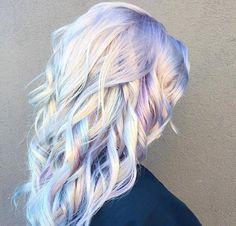 These Are the Silver Hair Looks of Your Dreams - Grey Hair Dye The most beautiful hair ideas, the mo Lavender Grey Hair, Silver Purple Hair, Lilac Hair, Green Hair, Hair Dye Colors, Cool Hair Color, Wild Hair Colors, Blonde Hair With Color, Purple Blonde Hair