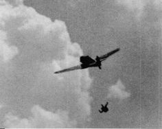 In this dramatic photo captured by a Mustang P-51, where a Me-109G mortally wounded German hunting is appreciated, in parachute jumping pilot to ward off the fateful end of his ship. Here is another facet of the drama of the war in action.