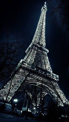a trip to Paris not the actual Eiffel Tower (future note for Ethan) Tour Eiffel, Torre Eiffel Paris, Eiffel Tower Photography, Paris Photography, Nature Photography, Eiffel Tower Painting, Eiffel Tower Art, Eiffel Towers, Beautiful Paris