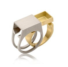 This piece really grabbed my attention, it's interesting how when you take the ring off it becomes a tiny box/drawer.