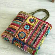Free Crochet Bag, Crochet Tote, Crochet Handbags, Crochet Purses, Knit Crochet, Crochet Square Patterns, Crochet Motifs, Freeform Crochet, Crochet Stitches