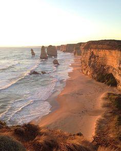 #12apostles #greatoceanroad #melbourne #australia #travel #wanderlust #nofilter #beach #ocean by eva_klicova http://ift.tt/1ijk11S