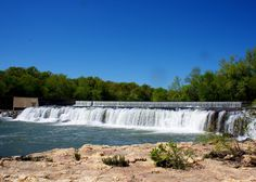15 Jaw dropping places in MO #7. Grand Falls: Who knew. Continuously flowing water falls in Missouri!