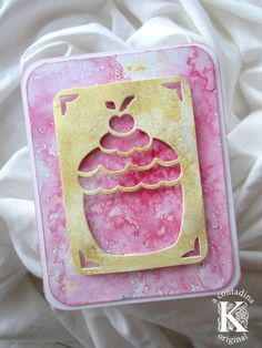 Vivian shows how to do a fun, easy misting technique with this mixed media card, using SMOOCH Spritz.