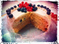 torta di mirtilli e ribes. Adorabile. Abbinatela ad un calice di #Prosecco La Chiave