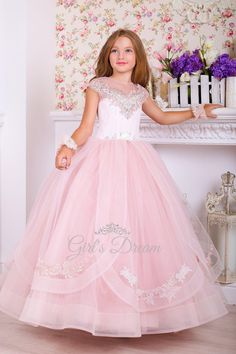 Girls Fancy Dresses, Kids Party Wear Dresses, Blush Flower Girl Dresses, Lace Dresses, Stunning Dresses, Pretty Dresses, Tulle Skirt Dress, Prom Dress, Kids Gown