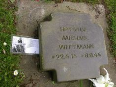 Michael  Wittmann, Graves.