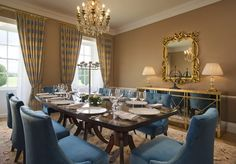 Luxury 5 Star Deluxe Rooms & Suites at Castlemartyr Resort in Co. Kim Kardashian Kanye West, Luxury Rooms, Luxury Suites, Dinner Room, Elle Decor, Beautiful Homes, House Beautiful, Home Furnishings, House Design