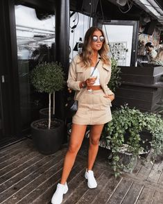 Preppy Outfits – Page 5286442521 – Lady Dress Designs Preppy Outfits, Classy Outfits, Cute Outfits, Fashion Outfits, Womens Fashion, Work Outfits, Europe Outfits, New York Outfits, Spring Summer Fashion