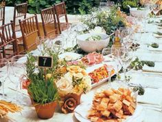 Trend+Alert:+Family-Style+Dinners+for+Wedding+Receptions