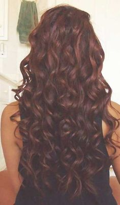 Kızıl Kestane Kıvırcık Saç