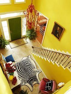 Bright Entryways: Foyers that Pop