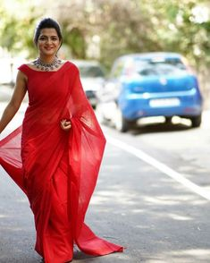 Latest Red Plain Saree With Sleeveless Blouse Kerala Saree Blouse Designs, Half Saree Designs, Red Blouse Saree, Sleeveless Blouse, Red Sari, Blouse Dress, Black Blouse Designs, Blouse Neck Designs, Blouse Patterns