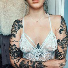 ♡ ; Pinterest : @ XOkikiiii Unique Tattoos, Small Tattoos, Beautiful Tattoos, First Tattoo, Life Tattoos, Body Art Tattoos, Sexy Tattoos, Tattoos For Women, Tatoos
