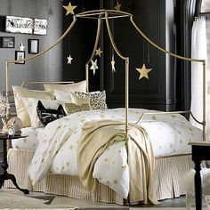 """Love the gold and the stars for Kristina.  Add soft pink and other """"princess"""" elements:  The Emily + Meritt Scattered Star Duvet Cover + Sham #pbteen"""