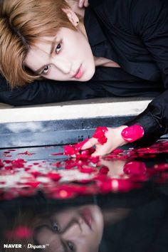 Taeyong Naver x Dispatch photo shoot. Taemin, Shinee, Nct Taeyong, Nct 127, Rapper, Winwin, Ntc Dream, Entertainment, Jung Woo