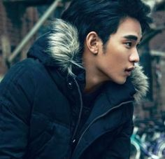 Super sexy Kim Soo Hyun #김수현