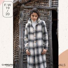 Καρώ, All Time Classic! Ημίπαλτο σε καρώ σχέδιο κατάλληλο για όλες τις ώρες! Κωδικός: 52801 Fur Coat, Jackets, Fashion, Down Jackets, Moda, Fashion Styles, Fashion Illustrations, Fur Coats, Fur Collar Coat