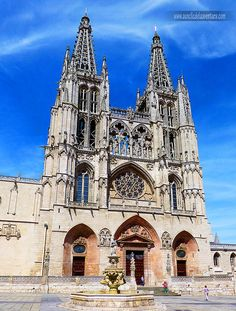 Santa Maria, Cathedral Church, Abandoned Castles, Barcelona Cathedral, Notre Dame, Medieval, Places To Go, Architecture, World