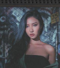 Hwasa my queen 👑 Kpop Girl Groups, Korean Girl Groups, Kpop Girls, Divas, Yoonmin, K Pop, Mein Crush, Jeonju, Soyeon
