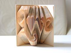 """Deko-Objekte - """"Love"""" ° Gefaltetes Buch - ein Designerstück von KlausUndSo bei DaWanda"""