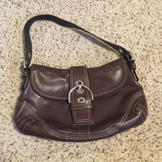 COACH! brown leather hobo purse! 100% authentic, minimal signs of wear, no stains, no fraying of straps, great condition! Has silver colored accents! Coach Bags Hobos