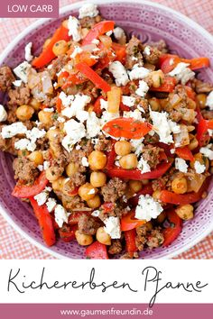 Low carb chickpea minced pan with feta and bell pepper .- Fast low carb chickpea chop pan with peppers, alvar and feta Easy Healthy Recipes, Meat Recipes, Low Carb Recipes, Vegetarian Recipes, Dinner Recipes, Easy Sausage Recipes, Quick Recipes, Law Carb, Fast Low Carb