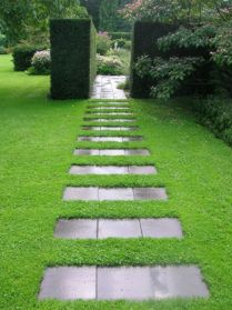 Path design ideas to makeover your front yard (24)