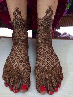 Sriniwasan Mehendi Artist Info & Review | Mehendi Artists in Delhi | Wedmegood