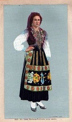 imagens scrapbook - OneDrive Minho, Folk Costume, Costumes, World Cultures, Traditional Dresses, Portuguese, Vintage Posters, Bohemian, Gowns