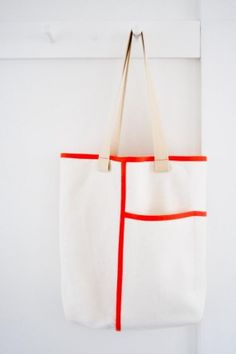 DIY Wrap Pocket Tote - FREE Sewing Pattern and Tutorial