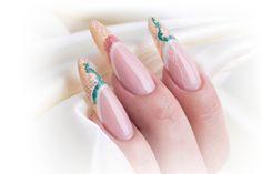 Gele negle Glimmer, negle lavet af Tina Kaas med Negle produkter og glimmer fra Nail4you.dk. Mandelformede negle med negle glimmer og nail art beads.