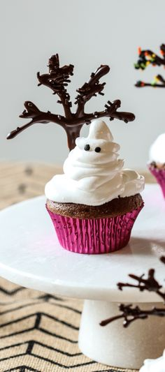 Ghost Cupcakes #spooky #cute and #delicious