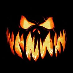 15 Easy And Amazing Pumpkin Carving Ideas You Can Do Yourself – Halloween Ideen Scary Halloween Pumpkins, Halloween Tags, Halloween Pumpkin Carving Stencils, Scary Pumpkin Carving, Halloween Pumpkin Designs, Creepy Pumpkin, Amazing Pumpkin Carving, Pumpkin Carving Patterns, Pumpkin Stencil