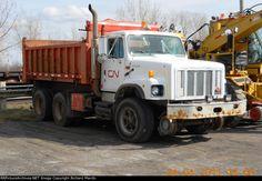 CN 171227 2001 International Hyrail Dump Truck, Apr 24-2011