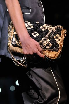 Dolce & Gabbana Spring 2009 Ready-to-Wear - Details - Gallery - Style.com