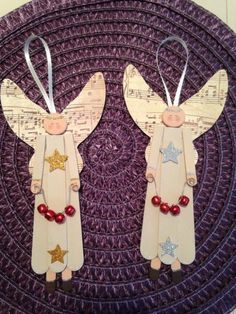 30 DIY Popsicle Stick Decor Ideas To Increase Your Interior Home – Home and Apartment Ideas stick Crafts 30 DIY Popsicle Stick Decor Ideas To Increase Your Interior Home Christmas Ornaments To Make, Christmas Angels, Kids Christmas, Handmade Christmas, Christmas Decorations, Burlap Christmas, Angel Ornaments, Christmas Music, Angel Crafts
