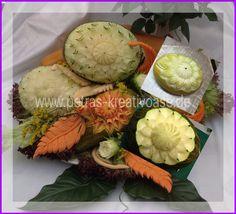 Melonen geschnitzt
