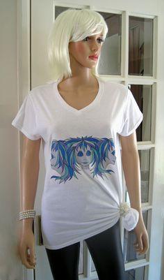 """ALICE BRANDS diseño original """"Triplets Alice"""" viene en una gama de combinaciones de colores en muchos diversos Tops para mujer con estilo. Podemos ofrecer cualquiera de nuestros propios diseños en cualquier Tops que suministramos, para que usted pueda mezclar y combinar. Por favor contacto con nosotros directamente si le gustaría una """"Solicitud Especial"""" conocimos, enviamos directo en todo el mundo. etsy.com/uk/shop/AliceBrands ... Vea nuestra gama completa en www.alicebrands.co.uk"""