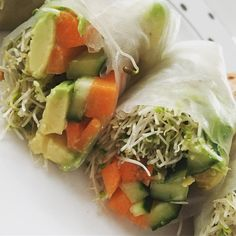 Ice wanted to make my own spring rolls for a long time and today I did! Rice wrappers (from the grocery) plus sprouts carrots cucumbers and avocado. Used a little sprinkle of my favorite panera dressing (not whole 30 but whatever) and try were so good! I want to make a bunch of these and have them for easy snacks during the day!!!