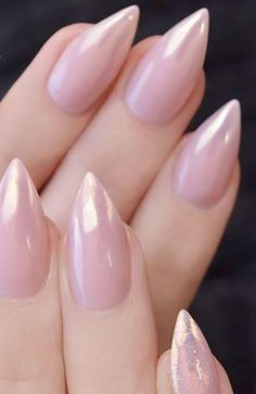 20 Cute Summer Nail Designs for 2020 20 Cute Summer Nail Designs for 2020 - The Trend Spotter<br> Make your manicure pop with these cute an easy summer nails design ideas to try in Cute Summer Nail Designs, Cute Summer Nails, Creative Nail Designs, Nail Summer, Subtle Nails, Nagellack Trends, Nails First, Round Nails, Summer Acrylic Nails